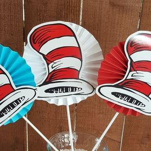 6 Dr. Seuss party centerpieces